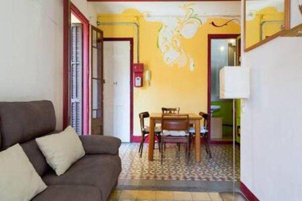 Sagrada Familia Apartment Balcony - фото 8