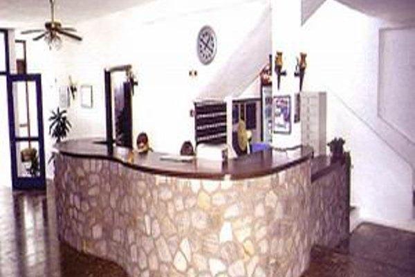 Lagada Beach Hotel - фото 17