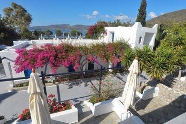 Lagada Beach Hotel - фото 21