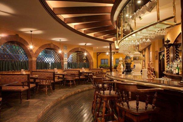 Ramada Jumeirah Hotel - 44