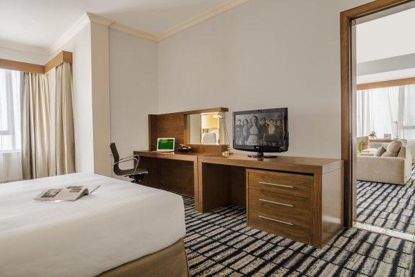 Ramada Jumeirah Hotel - 39