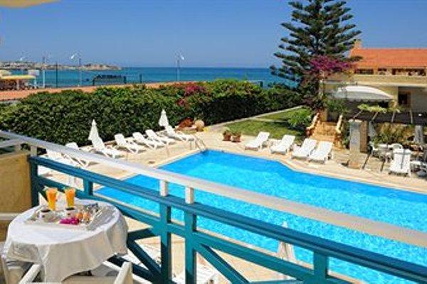 Petra Beach Hotel - фото 50