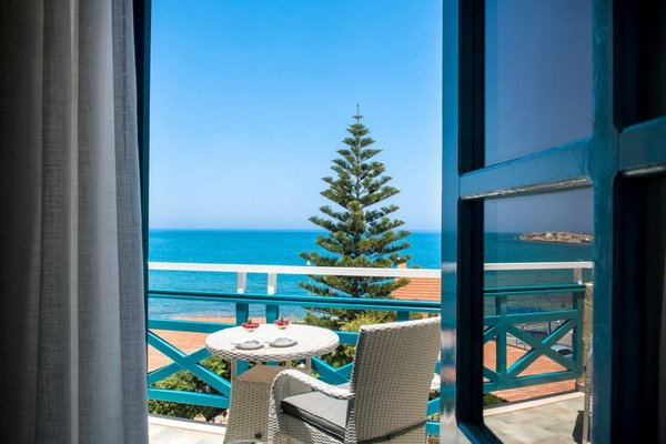 Petra Beach Hotel - фото 16