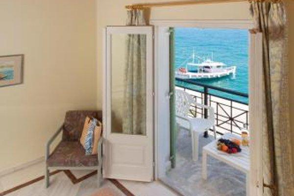 Samaina Port Hotel - 13