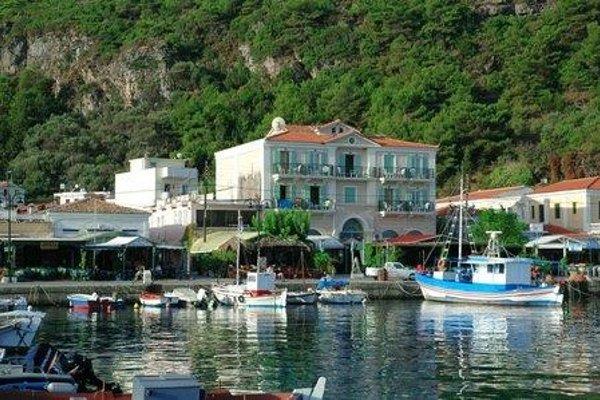 Samaina Port Hotel - 20