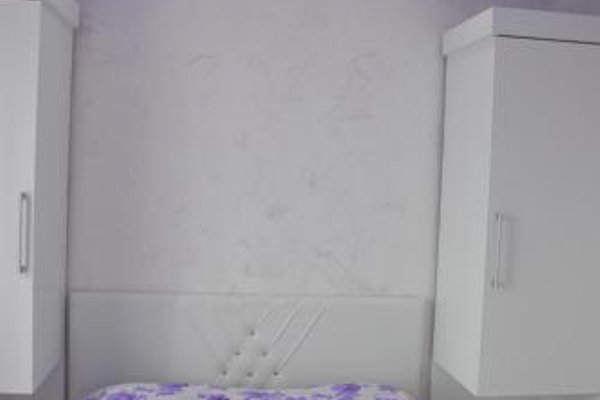 Irakli's Apartment with Sea view - фото 12