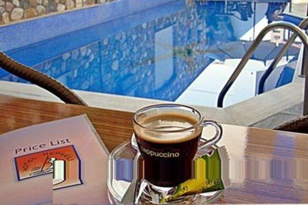 Nefeli Hotel - фото 17