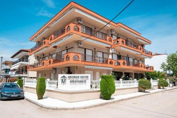 Milonas House Apartments - фото 14