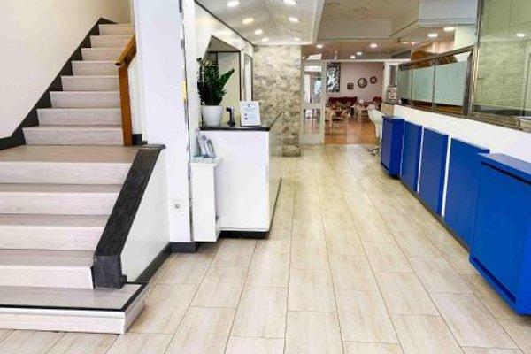 Hotel Celta - 16