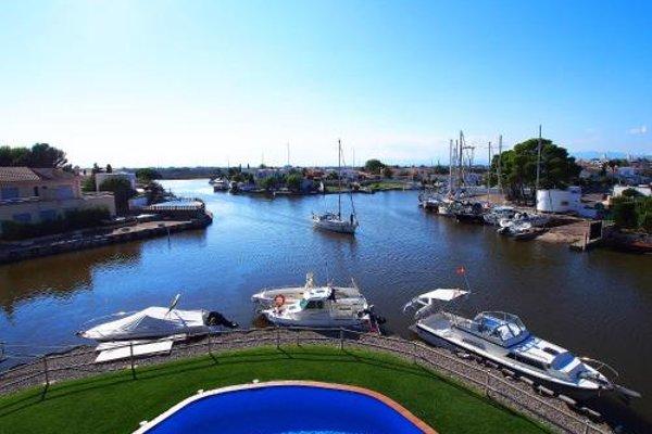 Apartment Cap Mestral - 3