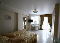 Фото 1 отеля Отель с садом Бон Мезон - Алушта, Южный берег Крыма