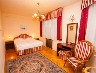 Guesthouse Korona Pension and Restaurant