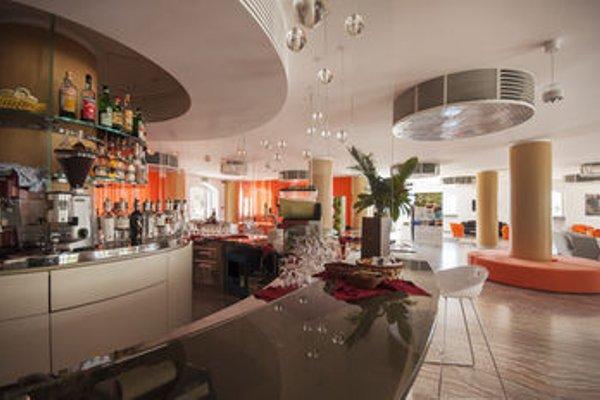Blu Hotel Kaos - 11