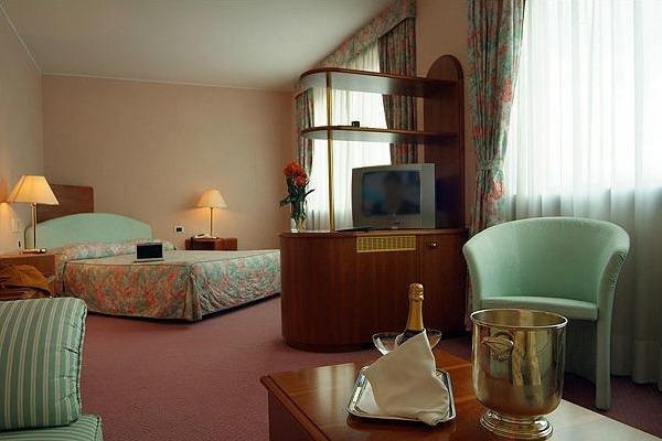 Hostellerie Du Cheval Blanc - фото 4