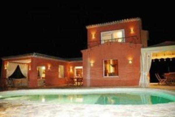 La Villa Yolanda - фото 15