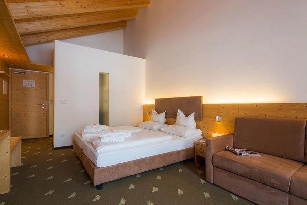 Hotel Rezia - 4