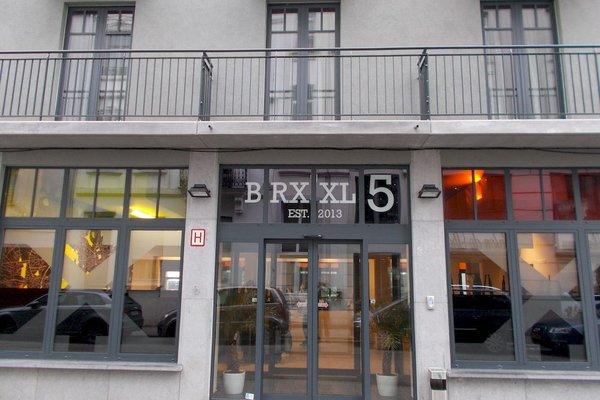 Brxxl 5 City Centre Hostel - фото 18