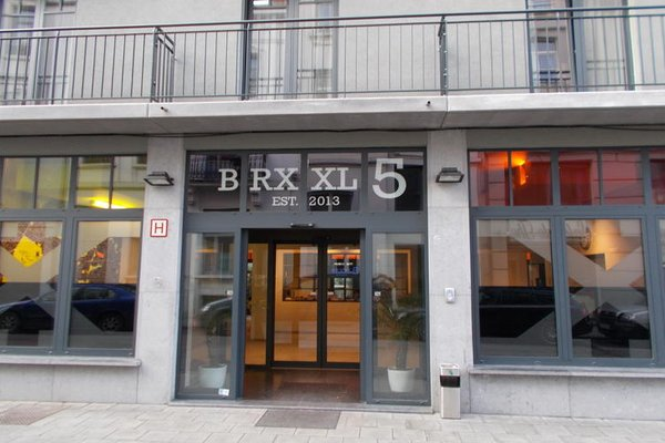 Brxxl 5 City Centre Hostel - фото 19