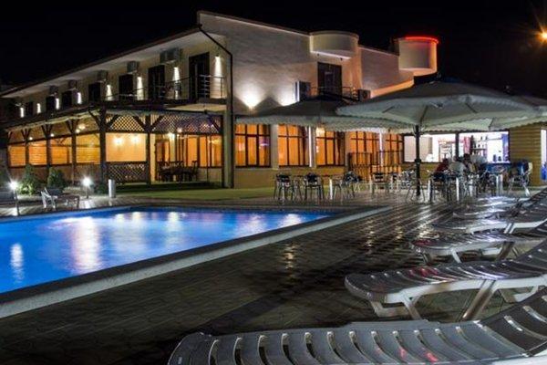 Отель Grand Paradise - 22