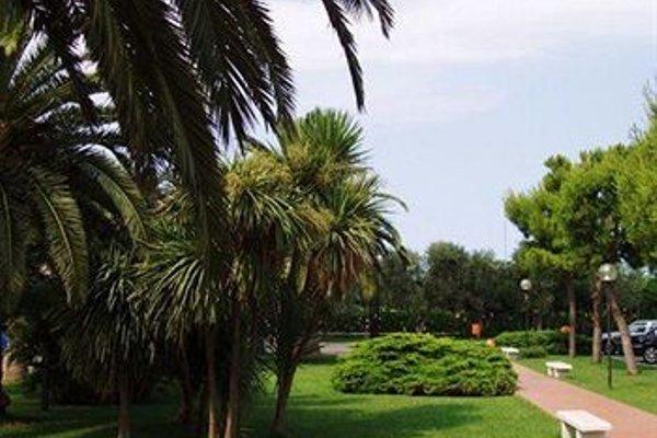 Hotel Majesty Bari - фото 21