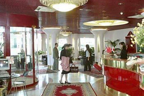 Agora' Palace Hotel - фото 6