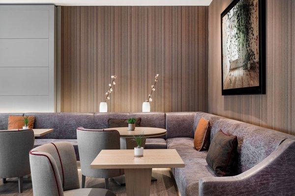 AC Hotel Bologna, a Marriott Lifestyle Hotel - фото 7