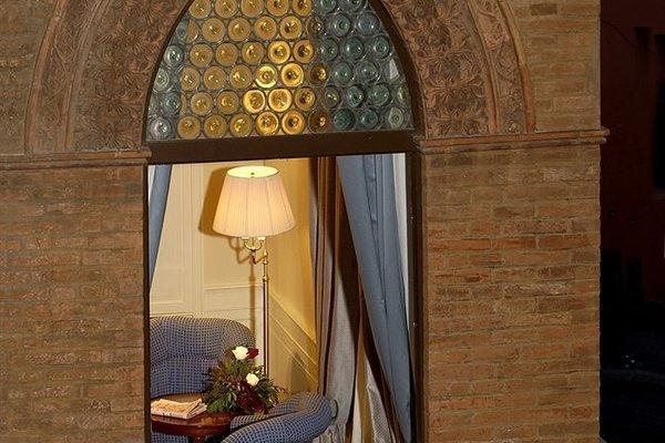 Hotel Corona d'Oro - фото 19