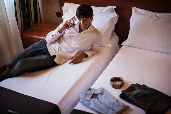 Executive Suite Hotel - фото 4