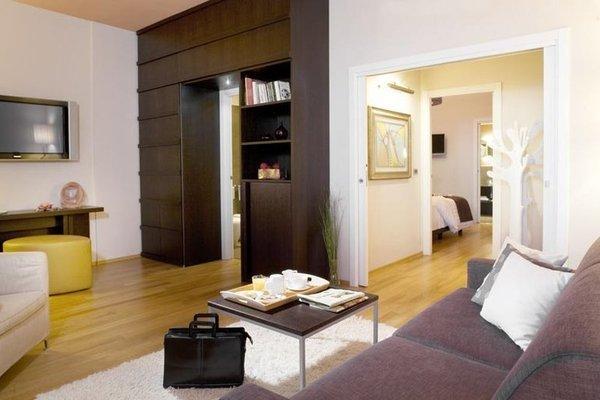 Executive Suite Hotel - фото 6