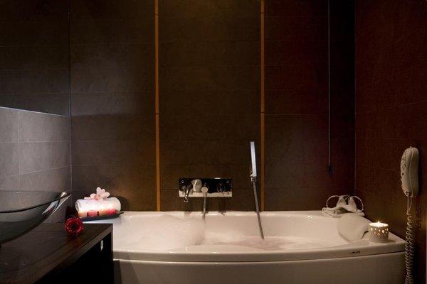 Executive Suite Hotel - фото 9