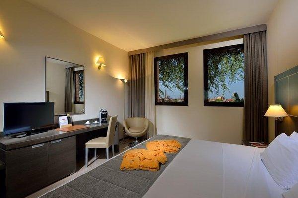 Aemilia Hotel Bologna - фото 5