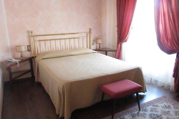 Hotel Roma - 4