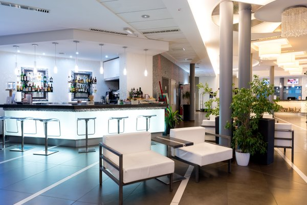 Hotel Cosmopolitan Bologna - фото 16