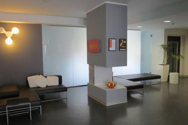 Arts Hotel - фото 9