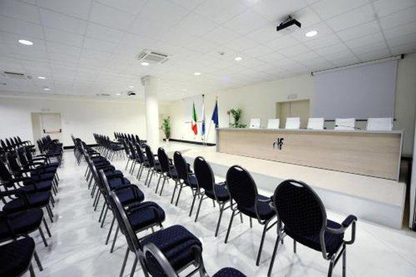 Hotel Fiera Di Brescia - фото 18