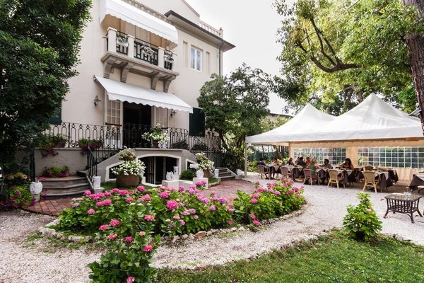 Hotel Club I Pini - Residenza D'Epoca - 50
