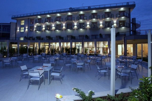 Plaza Hotel Catania - фото 12