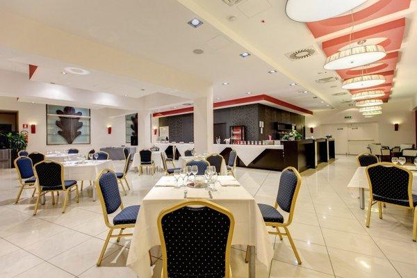 Plaza Hotel Catania - фото 13
