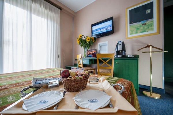 Best Western Hotel Mediterraneo - фото 5