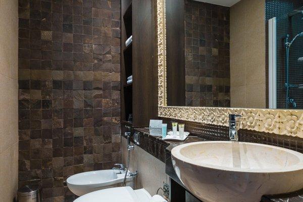 Park Hotel Apartments - фото 10