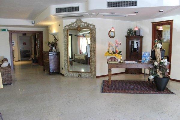 Admiral Hotel Villa Erme - фото 14
