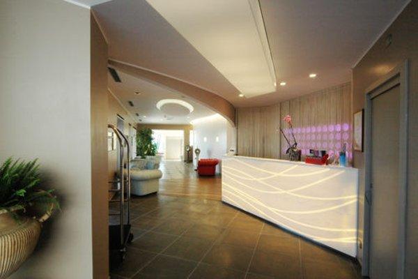 Hotel Arc En Ciel - 11