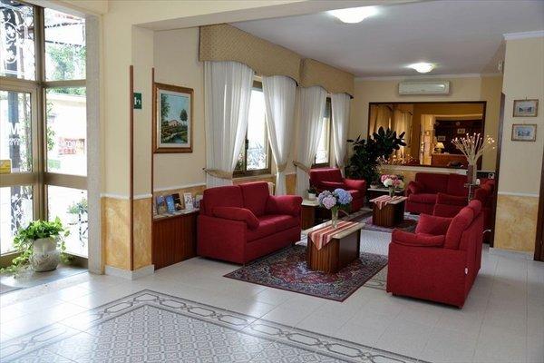 Hotel Marconi - 8