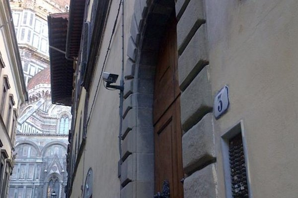 Accommodation in Florence - фото 16