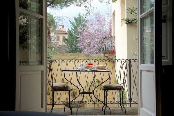 Accommodation in Florence - фото 9