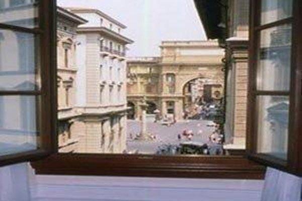 FH Hotel Calzaiuoli - фото 18