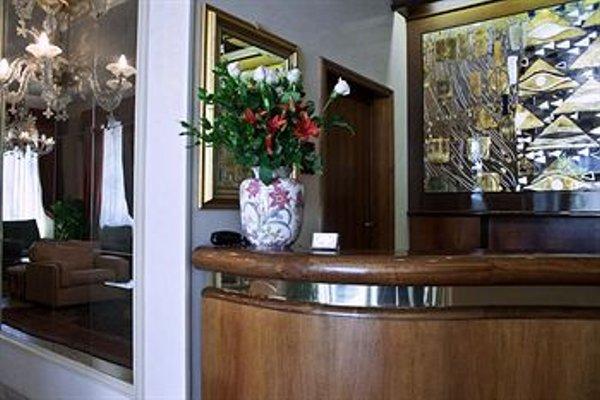 De Rose Palace Hotel - фото 17