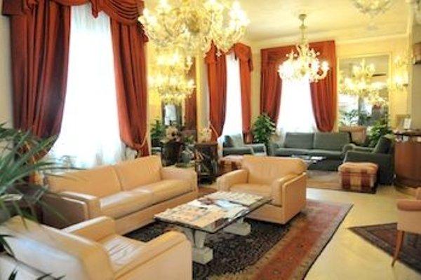 De Rose Palace Hotel - фото 5