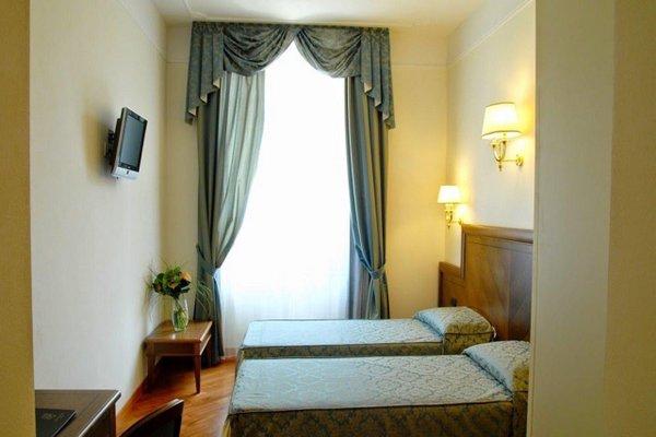 Hotel Embassy - 50