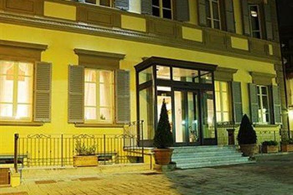 Hotel Embassy - 22